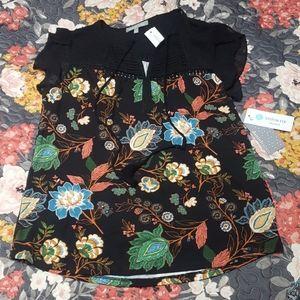 Daniel Rainn Floral Flutter Short Sleeve Top